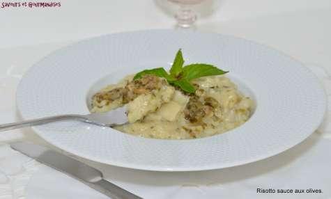 Risotto à la sauce aux olives façon pesto vert