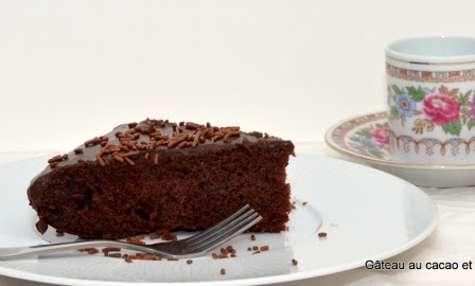 Gâteau au cacao et crème caramel