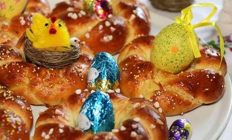 Brioches en nids de Pâques