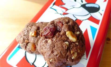 Biscuits chocolat, raisins et noisettes