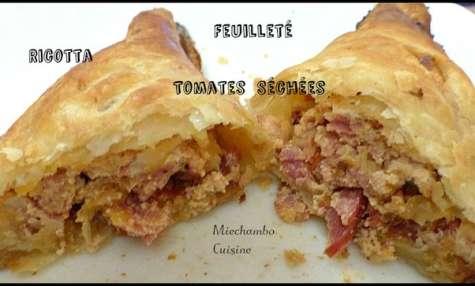 Feuilletés à la ricotta, tomates séchées et bacon