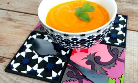 Soupe de carottes, moutarde et coriandre (à déguster chaude ou froide)