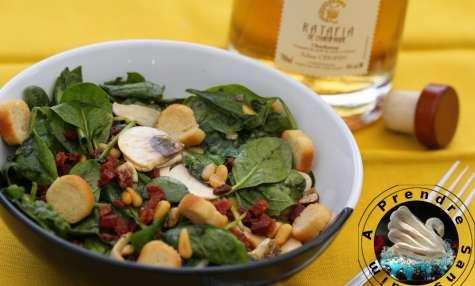 Salade croquante au chorizo flambé