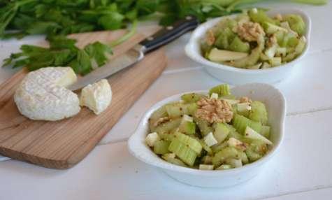 Salade de céleri branche, pomme, chèvre et noix