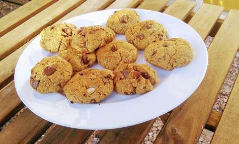 Gros cookies moelleux à la purée d'amandes