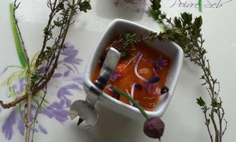 Gaspacho de carottes au lait de coco épicé