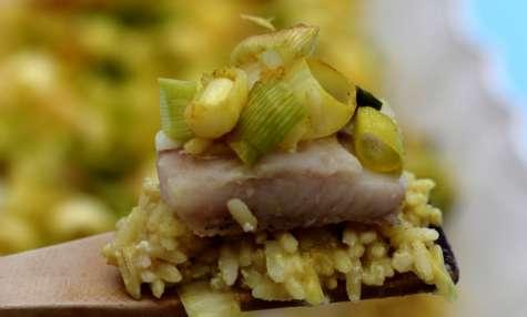 Gratin de riz, poisson et poireaux au curry-coco