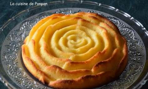 Gâteau au lait concentré sucré parfumé au citron