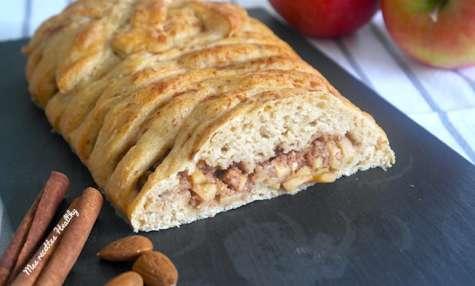 Brioche tressée sans beurre pomme amande et cannelle
