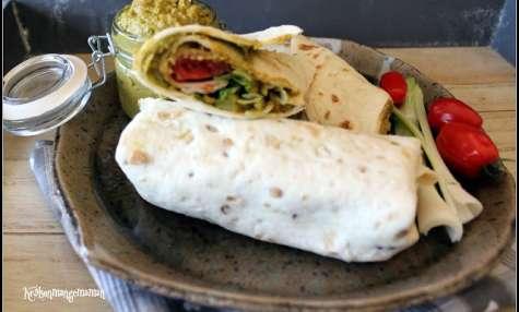 Wraps végétaliens au guacamole de petits pois