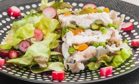 Terrine de raie aux légumes de printemps et salicornes