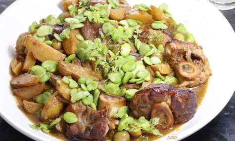 Jarrets de veau confits fèves olives et citrons confits