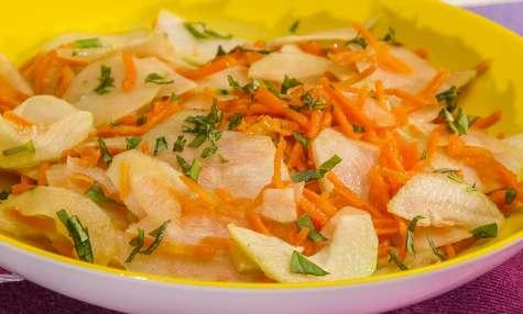 Salade de carotte, chou rave et concombre