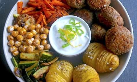 Buddha bowl carnivore aux boulettes de boeuf
