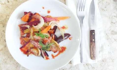 Salade de carottes et fenouil rotis a la harissa, vinaigrette a l'orange sanguine
