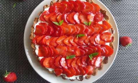 Tarte aux pistaches, citron grillé et fraises