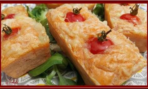 Minis cakes bacon tomate