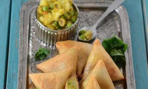Samoussas végétariens aux légumes et olives vertes