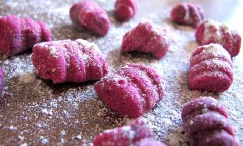 Gnocchi roses au thym et au parmesan
