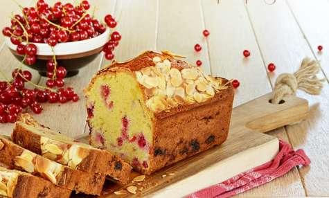 Cake Groseilles rouges, Amandes