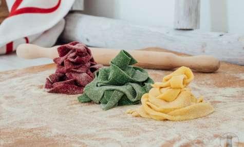 Tagliatelles fraîches colorées