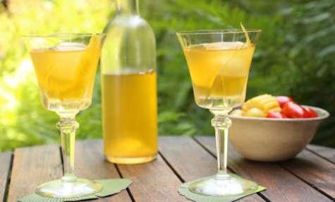 Punch lacté à la camomille et au citron