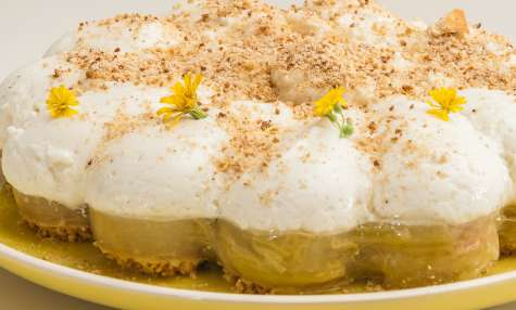 Gâteau à la rhubarbe et au yaourt grec