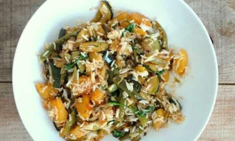 Riz poêlé courgettes, ananas, haricots verts