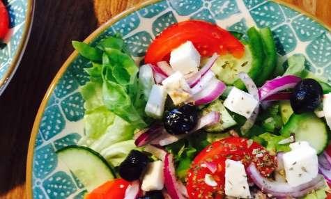 Salade grecque vegan