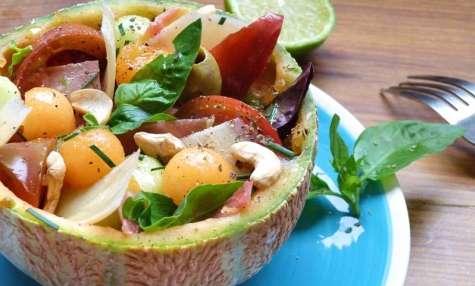 """Salade de melon jambon cru et parmesan façon """"Melon Bowl"""""""