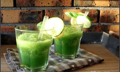 Gin cucumber slush