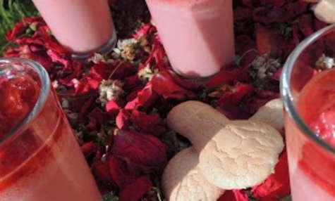 Panna cotta fraise basilic et sa cuillère biscuit