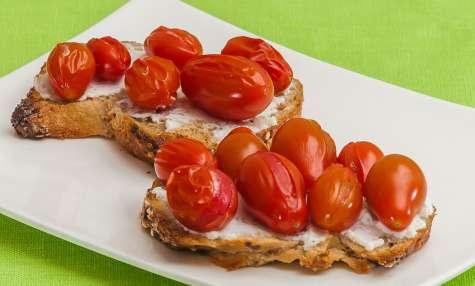 Tartine tomates ricotta