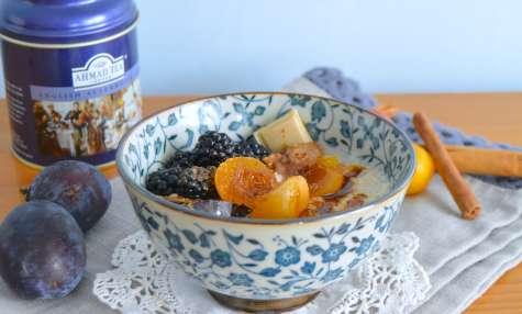 Porridge aux mirabelles et mûres sauvages