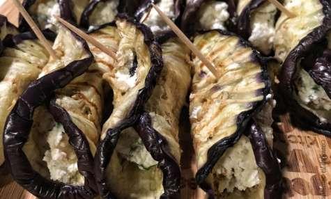 Rouleaux d'aubergine à la ricotta