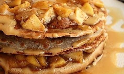 Gâteau de crêpes aux pommes et poires, bio