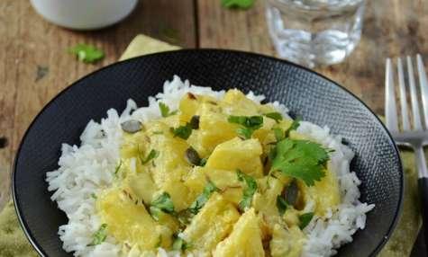 Curry d'ananas au lait de coco
