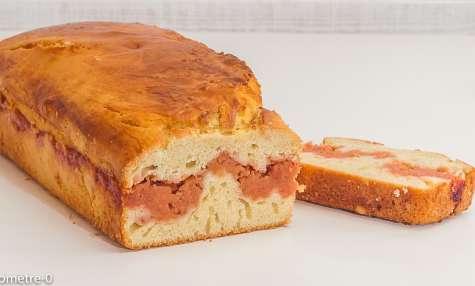 Gâteau du matin au confit de coings