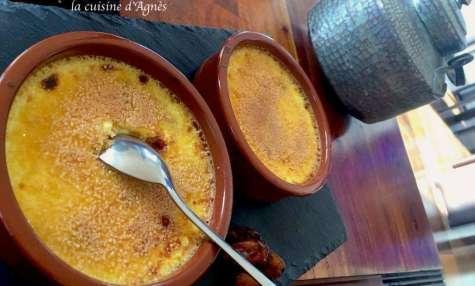 Crème brûlée aux éclats de dattes