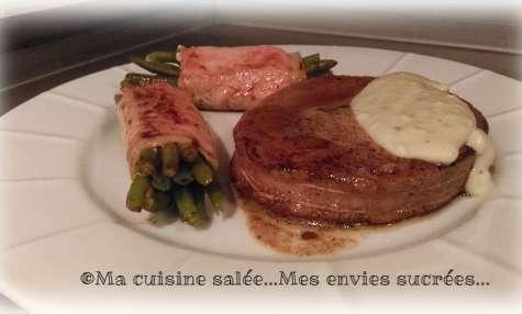 Tournedos & faux filet sauce au bleu d'Auvergne et ballotins de haricots vert - Ma cuisine salée ... Mes envies sucrées ...