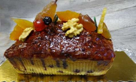 Cake au citron, noix de Grenoble et myrtilles