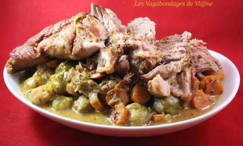 Filet mignon aux choux de Bruxelles et carottes, sauce au Marsala et moutarde à l'ancienne