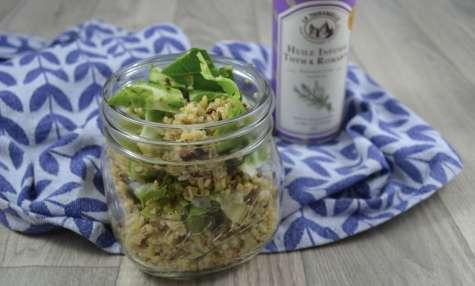 Salade de quinoa aux feuilles de chou-fleur et graines de tournesol