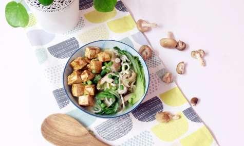 Soupe ramen au tofu et shiitakés