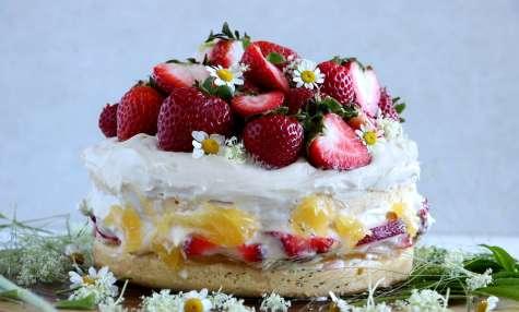 Gâteau suédois de Midsommar aux fraises (Midsommartårta)