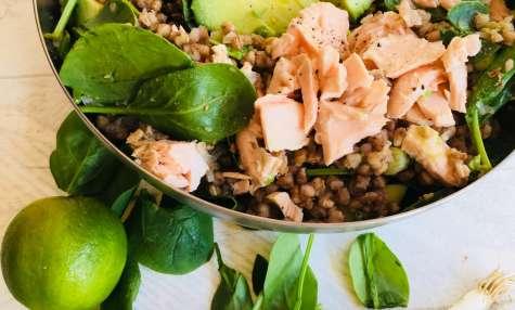Salade de sarrasin, saumon et avocat
