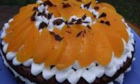 Gâteau de Pâques aux Pêches Fondantes