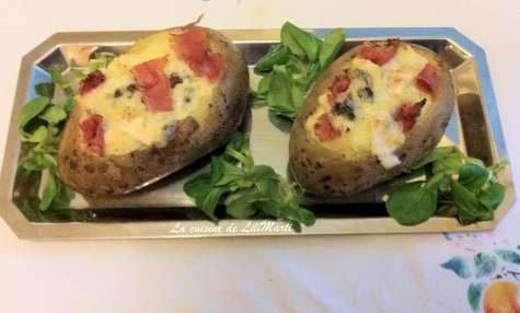 Pommes de terre farcies au roquefort et filet de porc séché