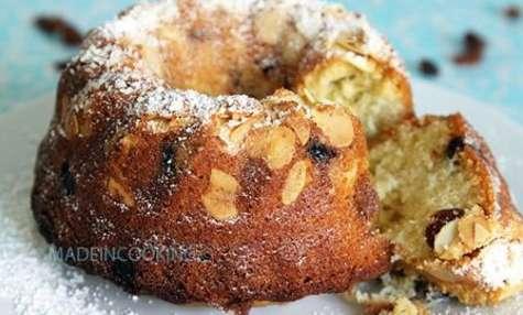 Gâteau aux amandes et aux raisins secs