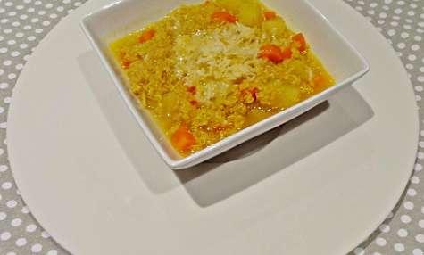 Soupe épicée aux légumes & quinoa